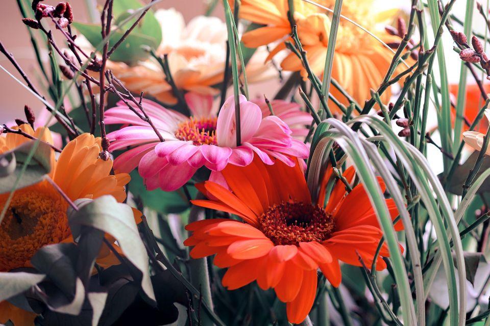 bouquet-of-flowers-4871279_1920.jpg