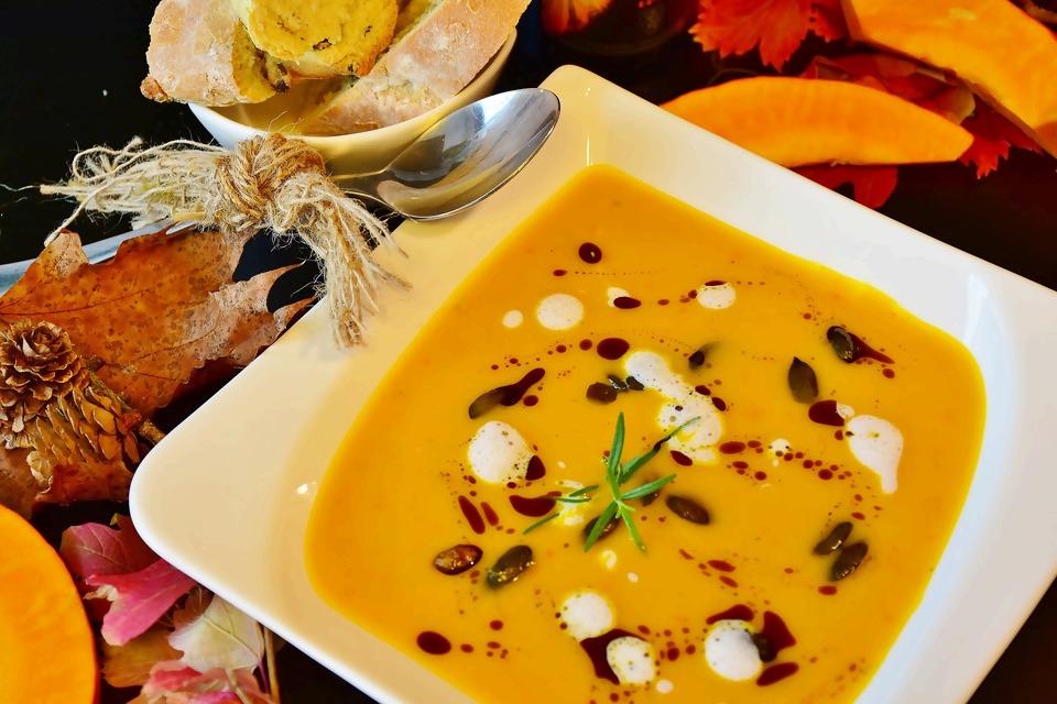 pumpkin-soup-2886322_1920.jpg