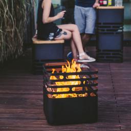 Feuerkorb Cube mit Auflagebrett