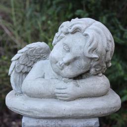 Gartenfigur Raffaels Engel