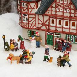 Miniatur-Weihnachtsdorf-Winterfiguren Buntes Treiben, 6er-Set