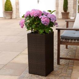 Outdoor-Rattan-Pflanztopf mit Bewässerungssystem