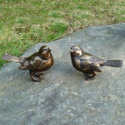 Bronze-Figuren Flink und Spatz, 2er-Set