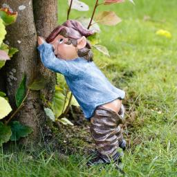 Gartenfigur Baum-Gnom Pippimax