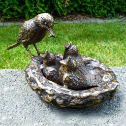 Bronze-Vogelnest