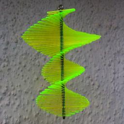 Acryl Windspiel Spirago, grün