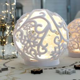 LED-Schneekugel Winterpoesie, groß