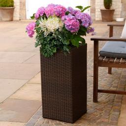 Outdoor-Rattan-Pflanzkübel mit Bewässerungssystem, 64x31x31 cm, kaffee braun