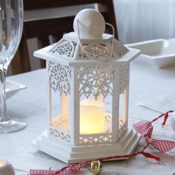 LED-Holzlaterne Lace, 14x14x20 cm, Holz, weiß