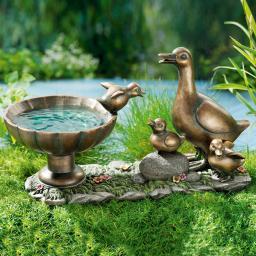 Vogeltränke Entenfamilie, 39x17x21 cm aus Kunststein, Bronzeoptik