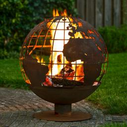 Feuerball Lasercut Globus