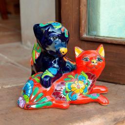 Mexikanisches Hündchen und Kätzchen Juan & Juanita