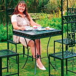 Tisch passend zu Pavillon Sommersitz