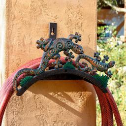 Schlauchhalter Salamander