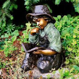Garten-Bronze-Figur Lesender Richard
