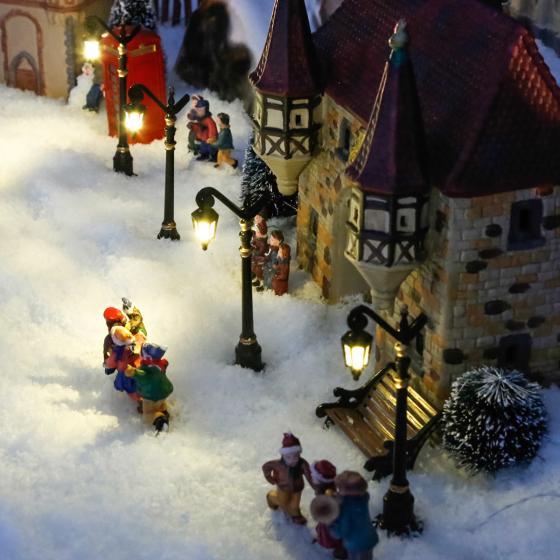 Miniatur-Weihnachtsdorf LED-Straßenlaternen Colonia, 4er-Set
