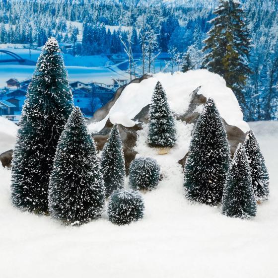 Miniatur-Weihnachtsdorf Tannebäume, 9er-Set