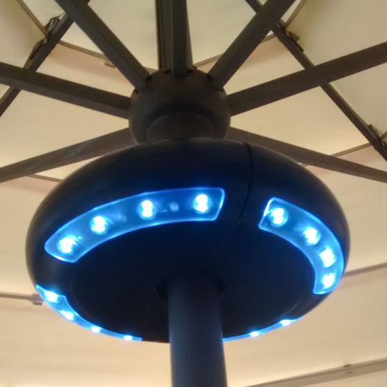 Schirm-Beleuchtung Luna mit Lautsprecher