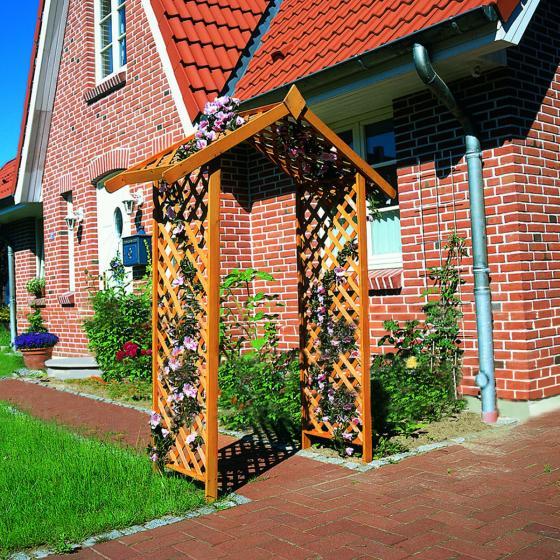 Rosenbogen Landhaus Flair