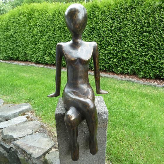 Bronze-Figur Kantenfigur Donna