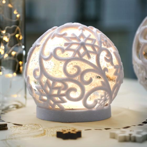 LED-Schneekugel Winterpoesie, klein