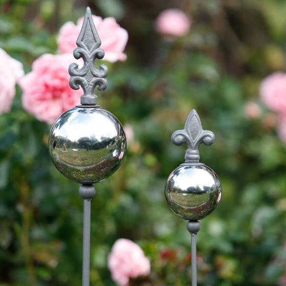 Gartenstecker Lilie auf Silberkugel 2er-Set, Edelstahl