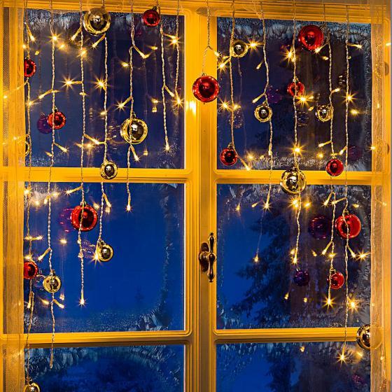 LED-Lichtervorhang Christbaumkugel, 95x6x130cm, Kunststoff, rot/gold