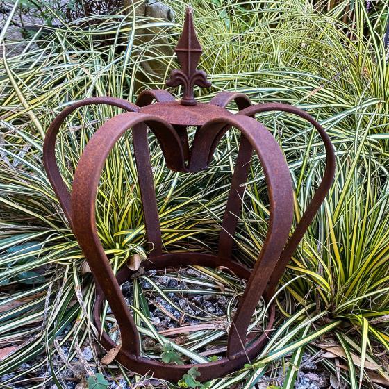 Gartenfigur Kaiserkrone, Edelrost, ca. 32 cm