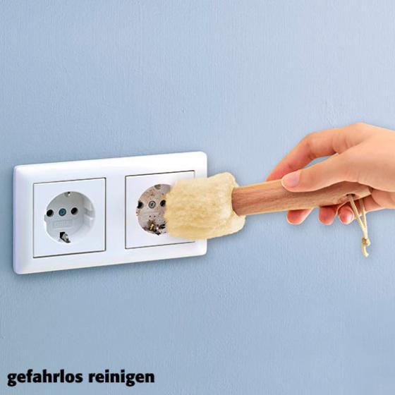 Steckdosen-Reiniger Safety first