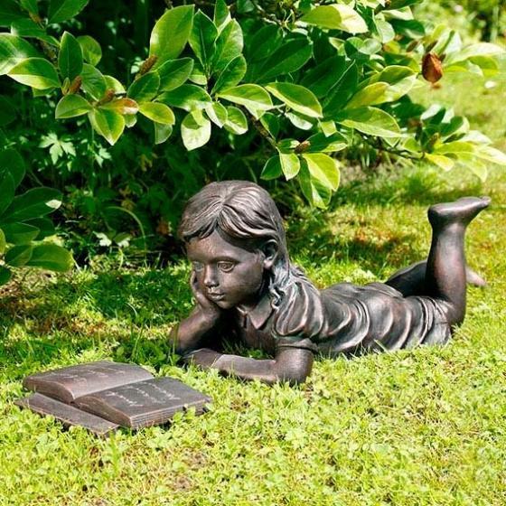 Gartenfigur Lesendes Mädchen Lisa