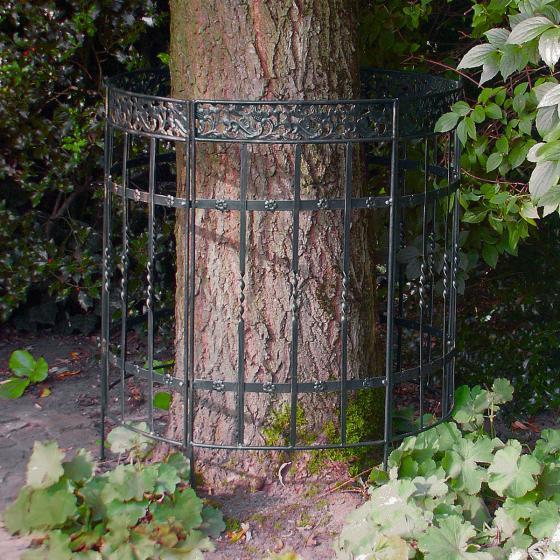 Baum-Zaun und Staudenhalter