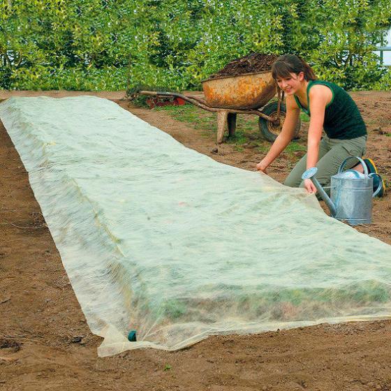 Bio-Gartenvlies inkl. Pflanzhaken