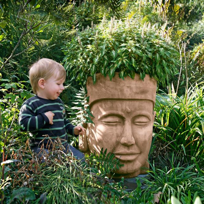 "Pflanzgefäß ""Buddha-Kopf"" aus Terracotta, rotbraun"