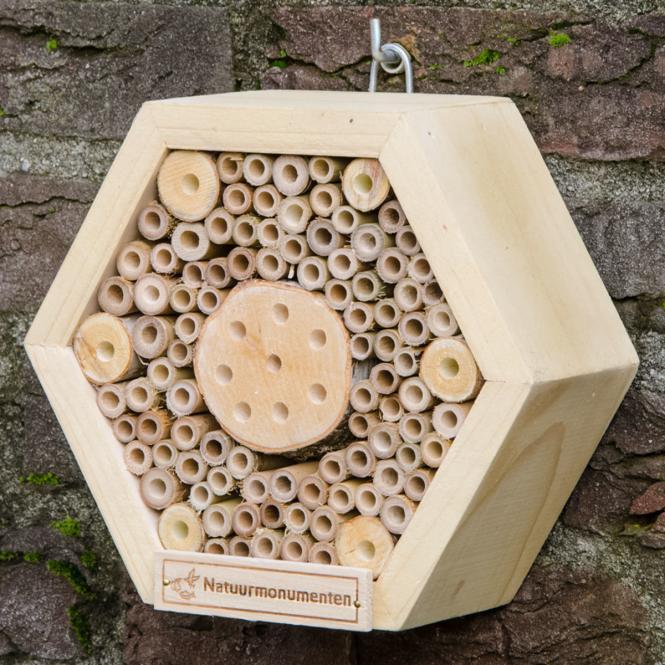 Insektenhotel Wabe, 8 x 18 x 15 cm, Holz, natur