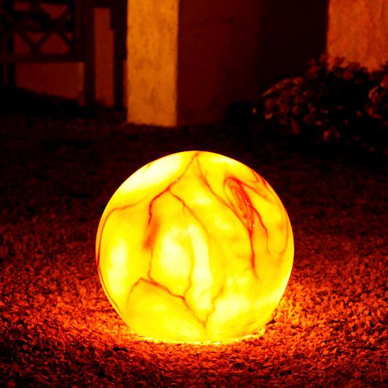 mehr Informationen zu: Gartenlampe Marmorkugel 40 Zentimeter