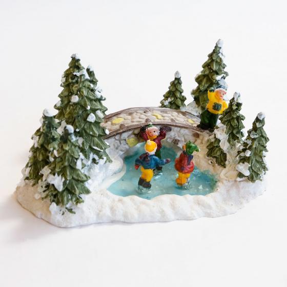 Miniatur-Weihnachtsdorf Waldteich mit Eisläufern | #2