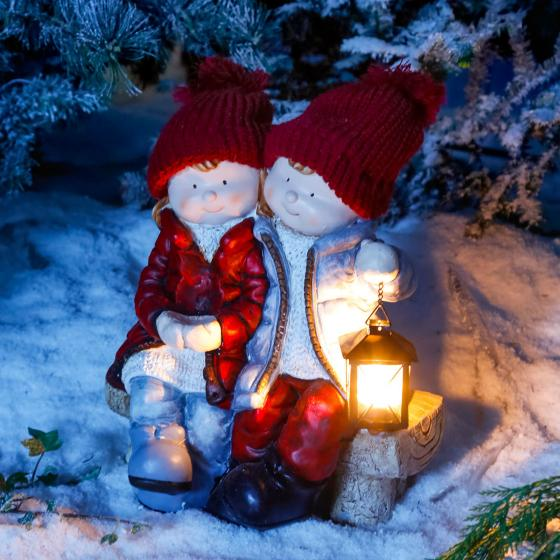 Winterpärchen Tina & Timo auf Bank | #2