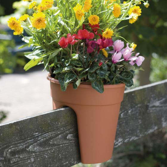 Geländertopf Flowerclip, 27,5 cm, terrakotta | #3