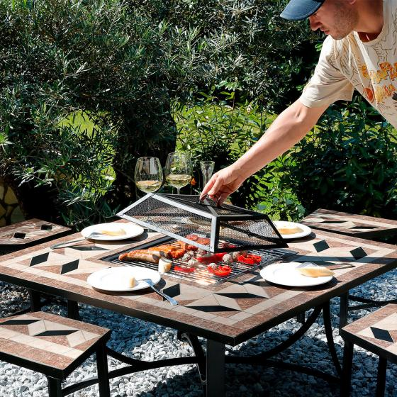 mosaik grill sitzgruppe von g rtner p tschke. Black Bedroom Furniture Sets. Home Design Ideas