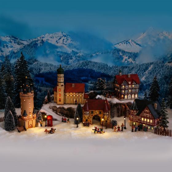 Miniatur-Weihnachtsdorf-Lichthaus Rathaus in Bad Urach | #4