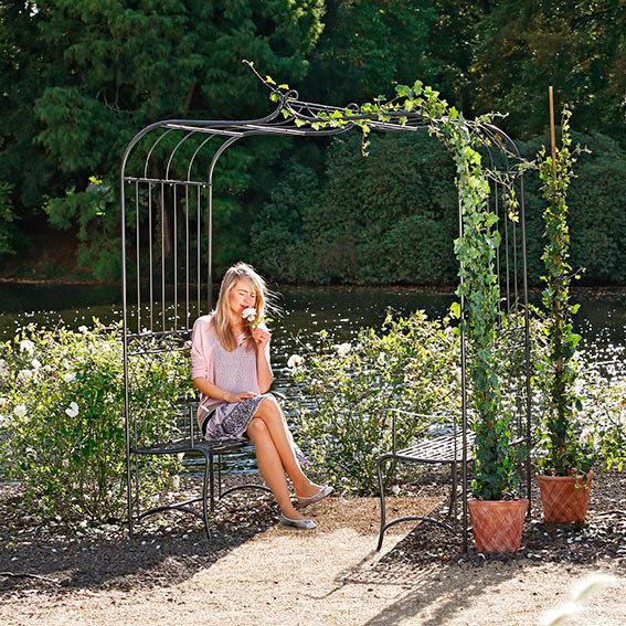 Gartenlaube Romantik, inkl. Sitzbänken