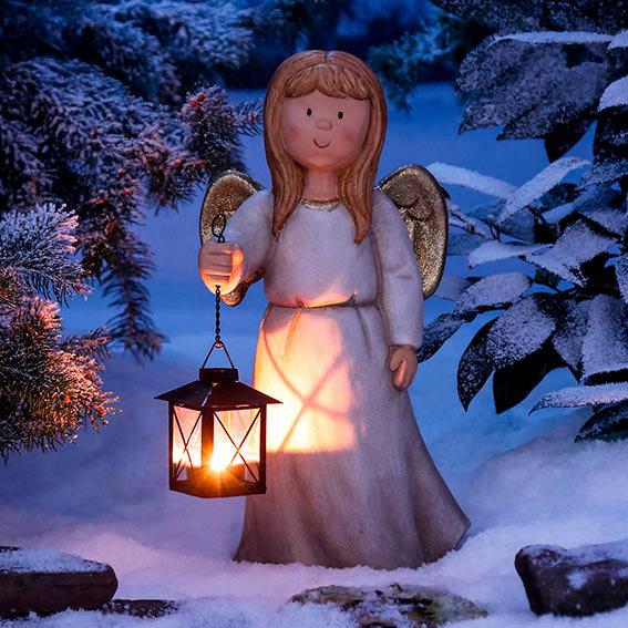 Engel emilie mit laterne von g rtner p tschke for Gartendeko neuheiten