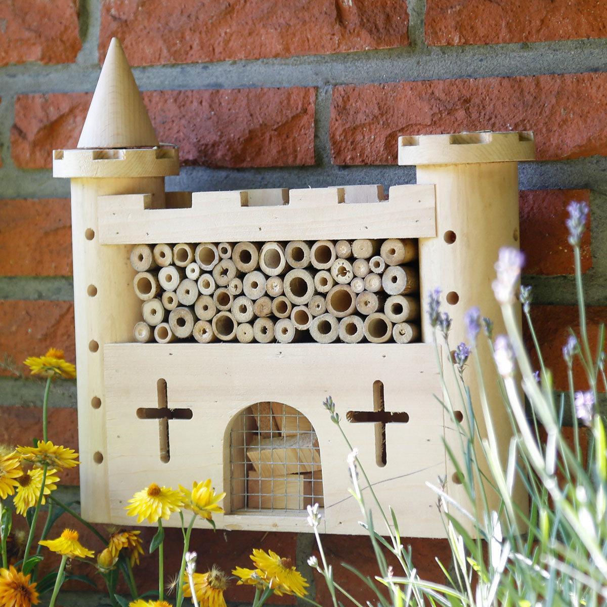 Insektenkasten Castle