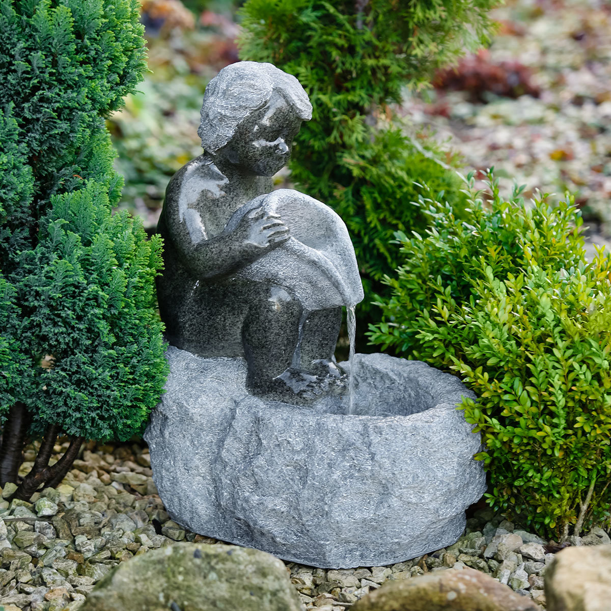 Brunnen Knabe mit Krug