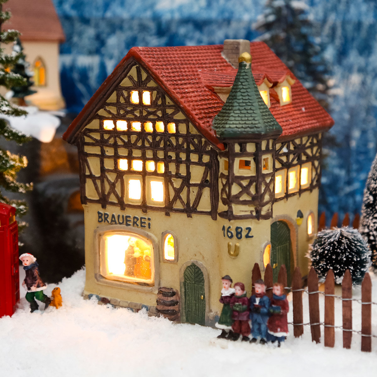 miniatur weihnachtsdorf lichthaus brauerei von g rtner. Black Bedroom Furniture Sets. Home Design Ideas