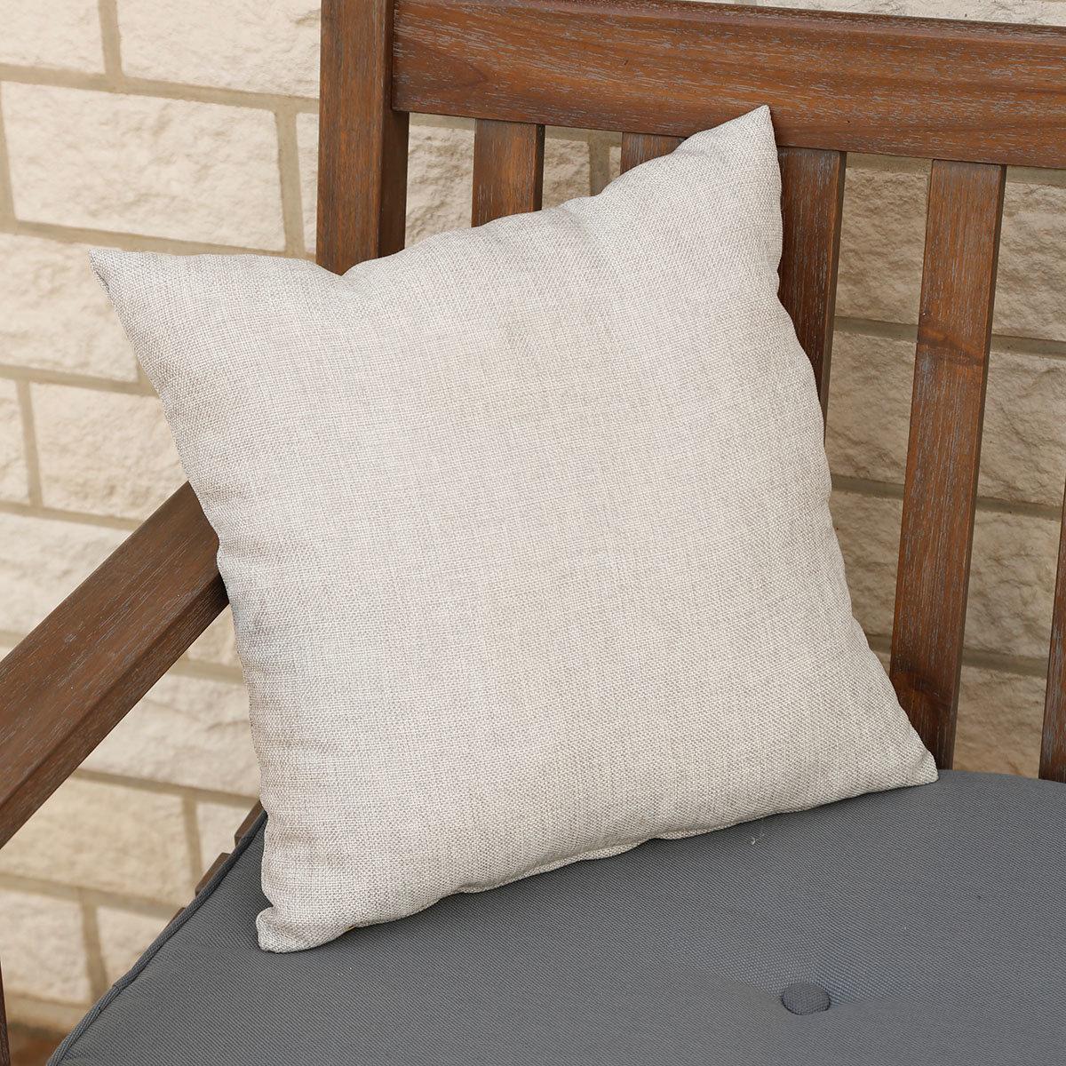outdoor kissen cool outdoor kissen bermuda grn with outdoor kissen top chillisy summertime. Black Bedroom Furniture Sets. Home Design Ideas