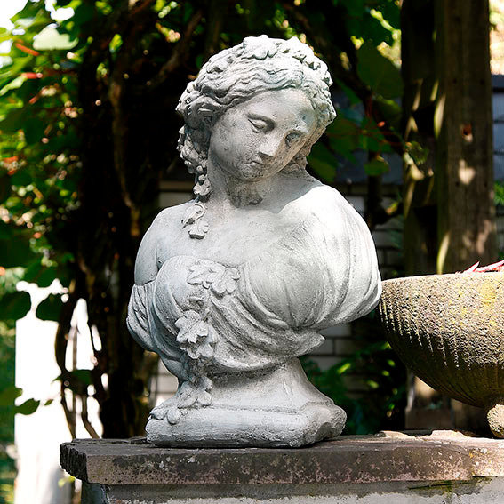 Steinfigur Büste Kate