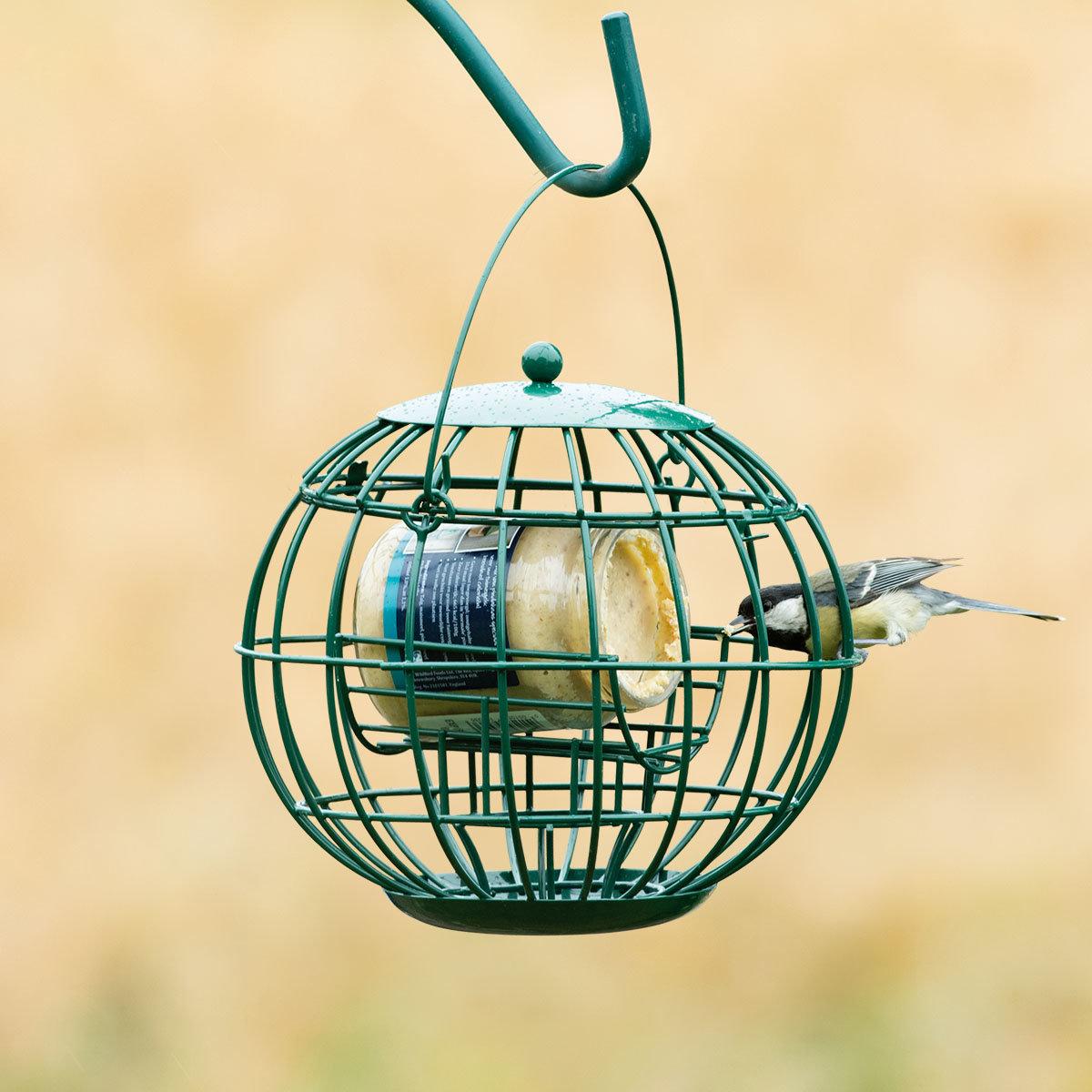 Erdnussbutterglas-Halter mit Schutzkorb