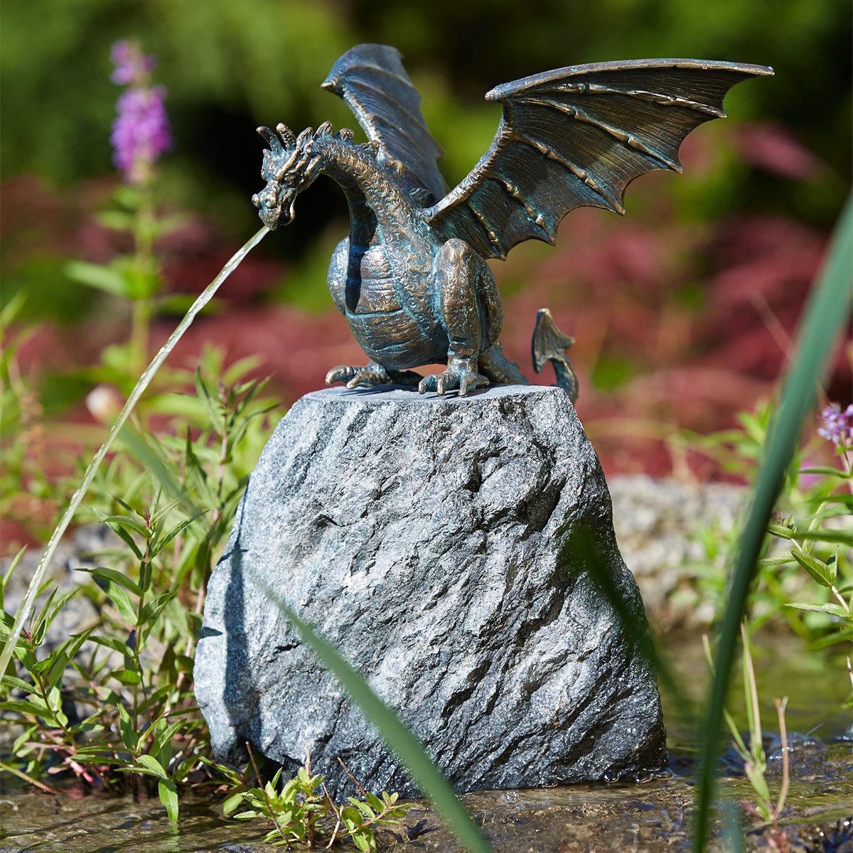 Bronzedrache Terrador auf Granit, groß