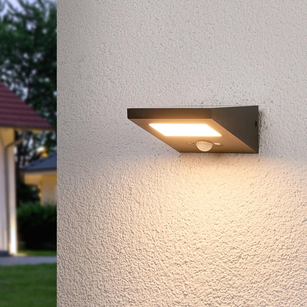 Solar-LED-Außenwandleuchte Felin mit Bewegungsmelder, 6,6x12,5x14,5 cm, Aluminium, grau